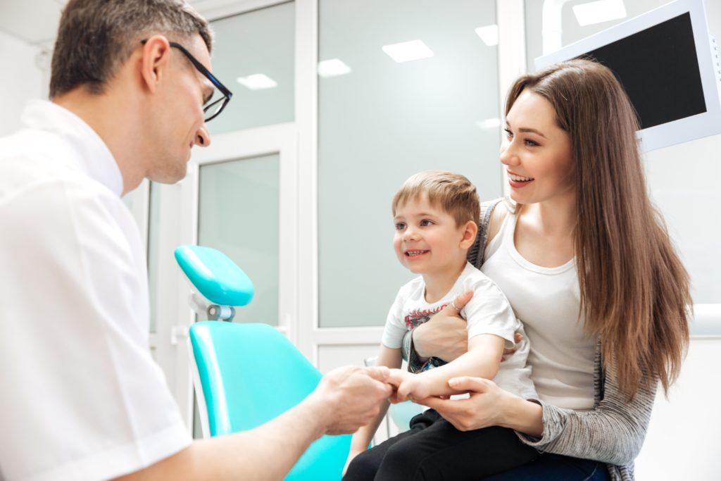 Elegir dentista para los niños, ¿qué se debe tener en cuenta?