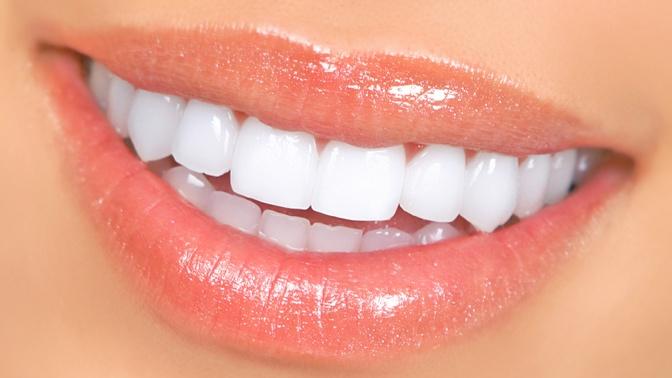 Estética dental en Madrid, carillas de porcelana y otras técnicas