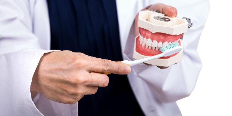 Gingivitis. Causas y tratamiento