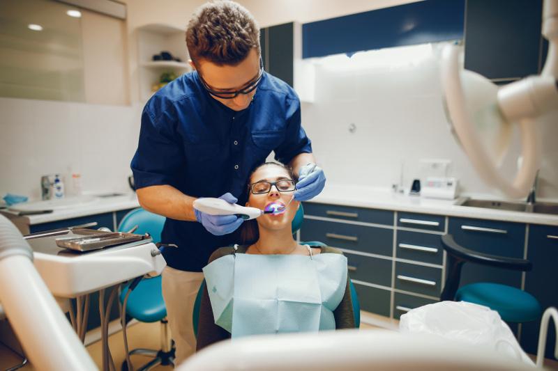 Reconstrucción dental y empastes