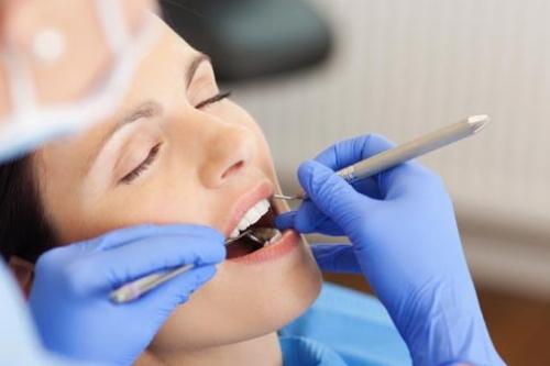 ¿Cómo se trata un diente infectado?